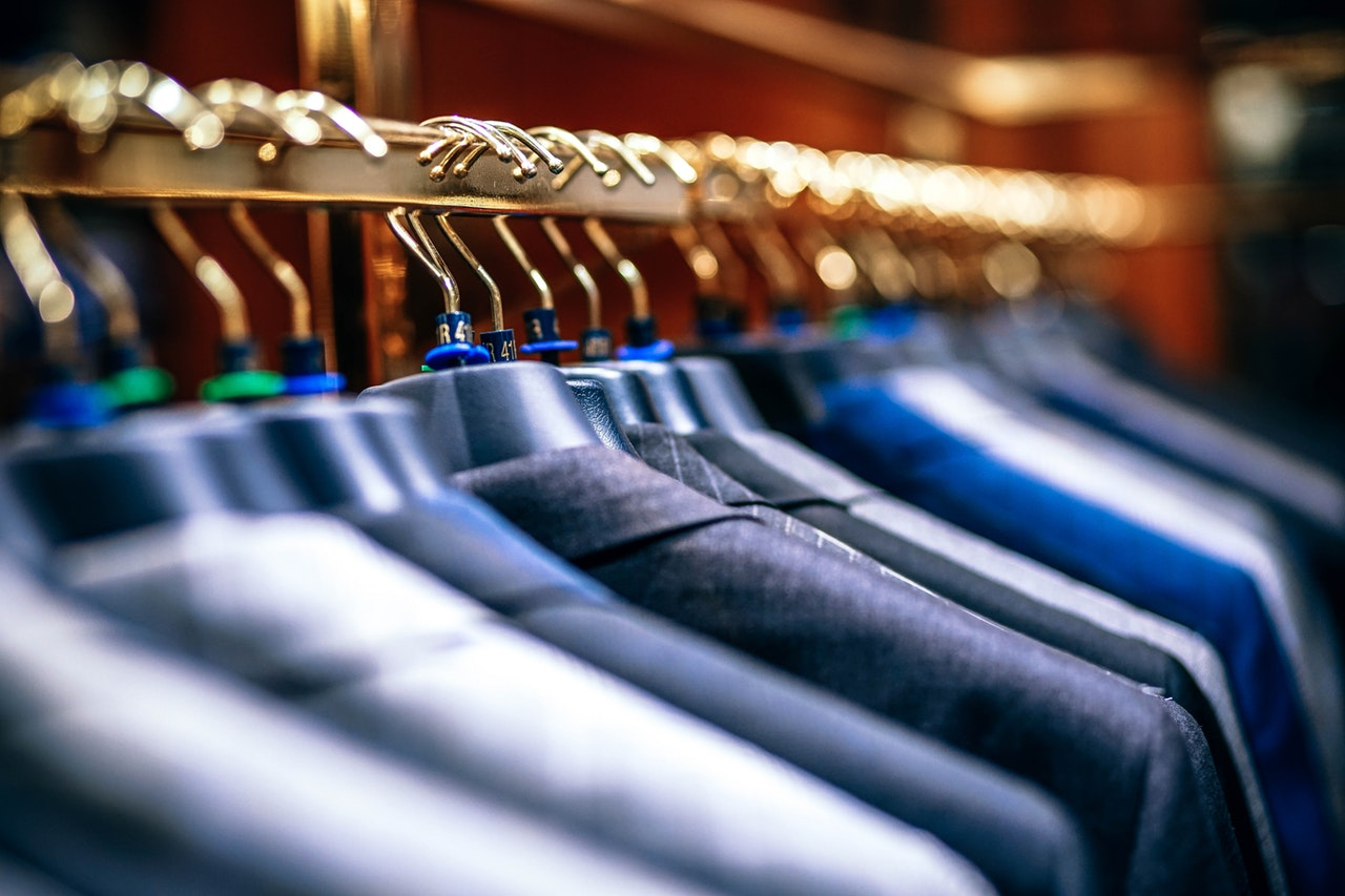 How Corporate Clothes Can Reinforce YourBusiness